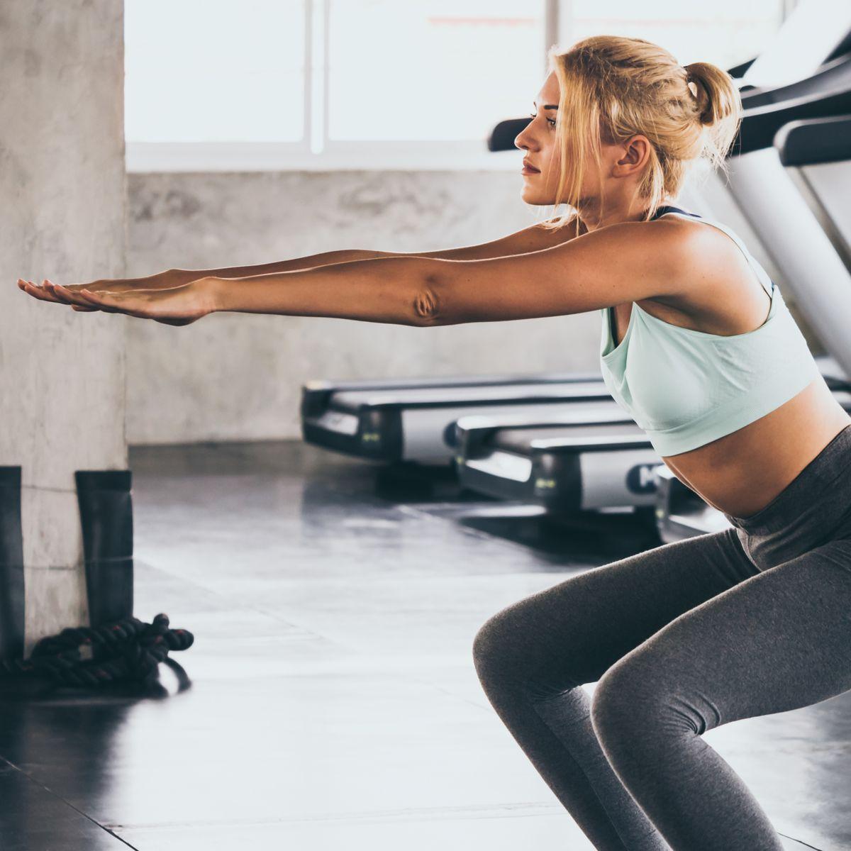 squat sautées avec support pour affermir le bas du corps